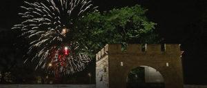fall-dinner-fireworks